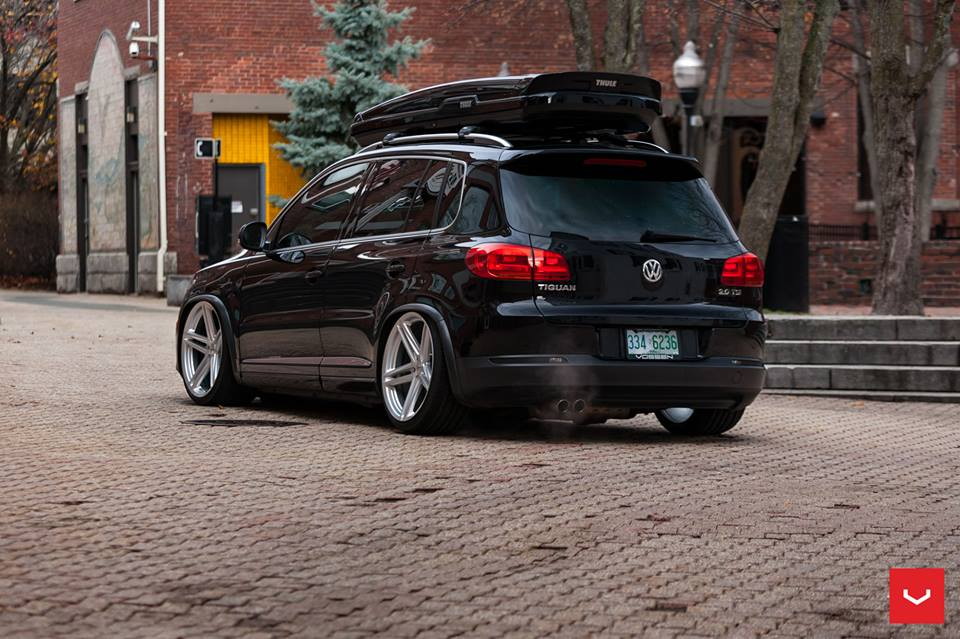 vossen wheels vfs 5 vw tiguan thule box tuning 2. Black Bedroom Furniture Sets. Home Design Ideas