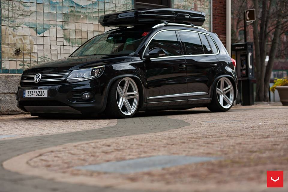 vossen wheels vfs 5 vw tiguan thule dachbox tuning 6. Black Bedroom Furniture Sets. Home Design Ideas