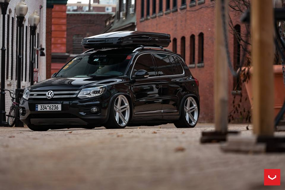 vossen wheels vfs 5 vw tiguan thule dachbox tuning 7. Black Bedroom Furniture Sets. Home Design Ideas
