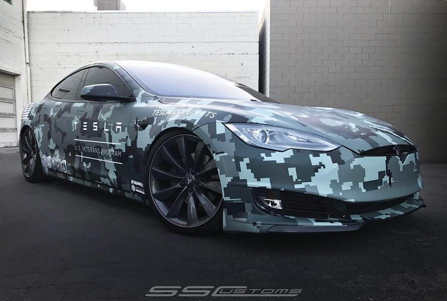 SS Costums Tesla Model S Memorial Day Folierung Camouflage 1 SS Costums   Tesla Model S mit Memorial Day Folierung