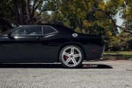 22 Inch Vellano VRH Rims Dodge Challenger SRT8 Tuning 2 190x127 22 Inch Vellano VRH Rims on Dodge Challenger SRT8