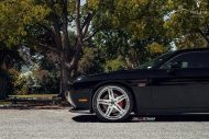 22 Inch Vellano VRH Rims Dodge Challenger SRT8 Tuning 4 190x127 22 Inch Vellano VRH Rims on Dodge Challenger SRT8