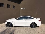 BMW M4 F82 Vorsteiner Bodykit Tuning 10 190x143 RACE! South Africa   BMW M4 F82 Coupe mit Bodykit