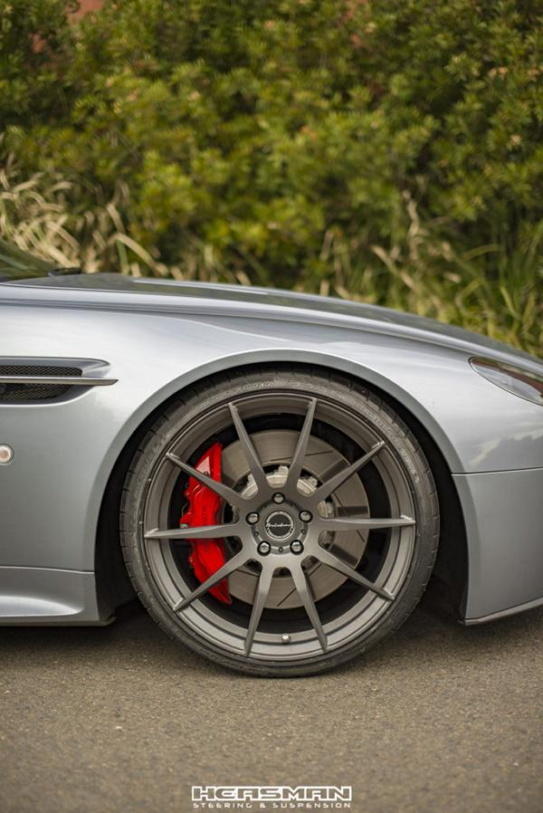 Brixton Aston Martin Vantage GT HR Sportfedern 2 Top   Aston Martin Vantage GT vom Tuner HEASMANN