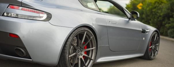 Brixton Aston Martin Vantage GT HR Sportfedern 9 Top   Aston Martin Vantage GT vom Tuner HEASMANN