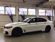 Diamond White Vollfolierung BMW G30 550i 2M Designs Tuning 10 190x143 Diamond White Vollfolierung am BMW G30 550i von 2M Designs
