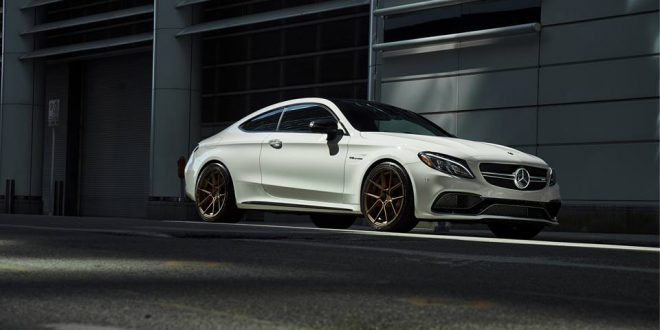 Ferrada Forge-8 Series F8FR8 Alu's am Mercedes C63s AMG