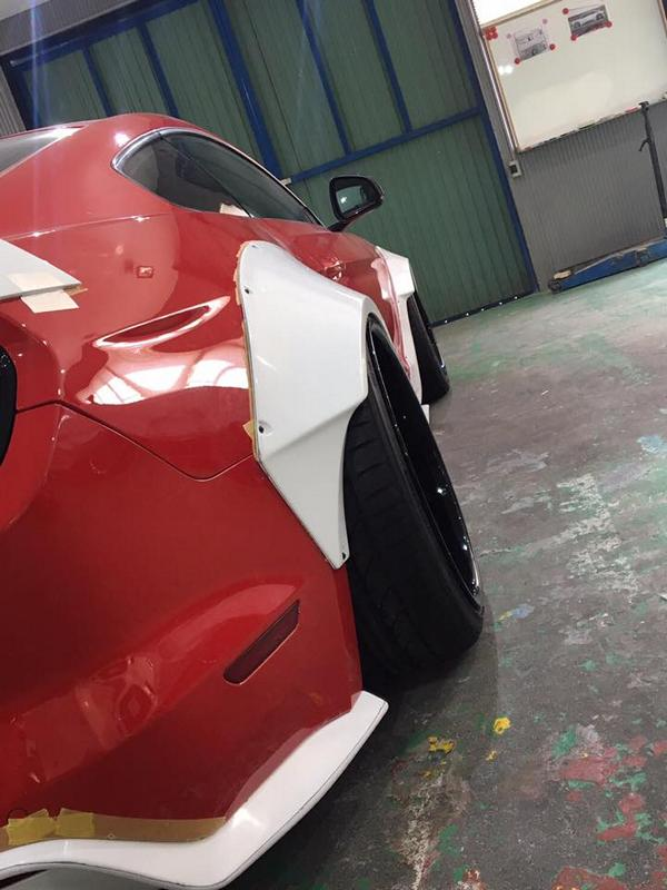 Liberty Walk Widebody Ford Mustang GT VI 6 In Arbeit   Liberty Walk Widebody Ford Mustang GT (VI)