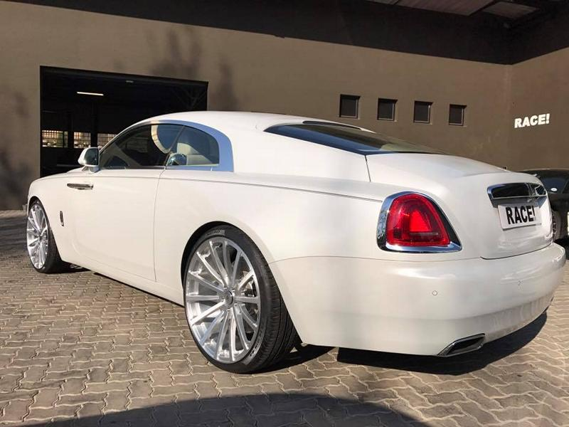 RACE SOUTH AFRICA Rolls Royce Wraith Tuning mattwei%C3%9F 3 RACE! SOUTH AFRICA   Rolls Royce Wraith in mattweiß