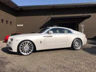 RACE SOUTH AFRICA Rolls Royce Wraith Tuning mattwei%C3%9F 4 190x143 RACE! SOUTH AFRICA   Rolls Royce Wraith in mattweiß