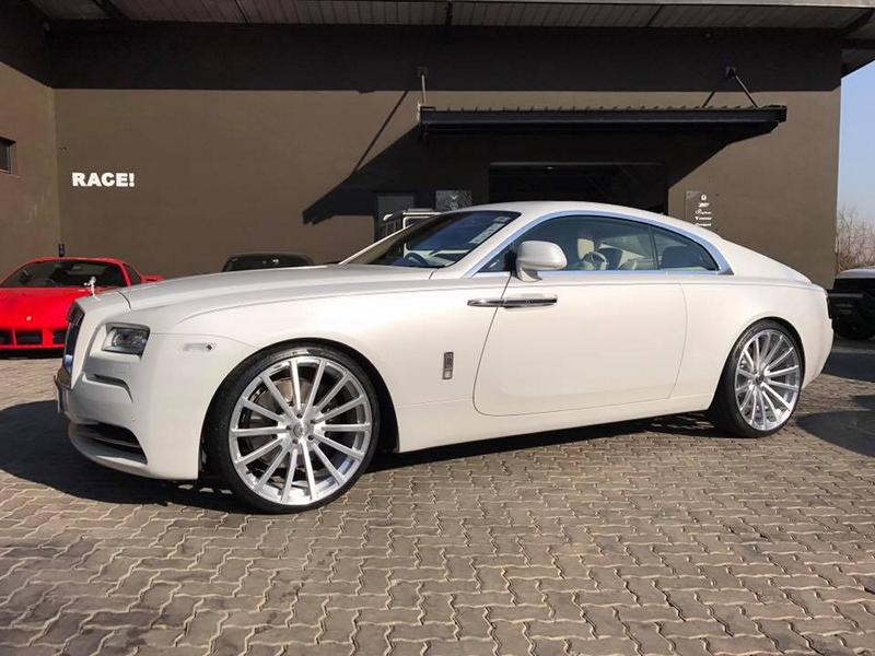 RACE SOUTH AFRICA Rolls Royce Wraith Tuning mattwei%C3%9F 5 RACE! SOUTH AFRICA   Rolls Royce Wraith in mattweiß