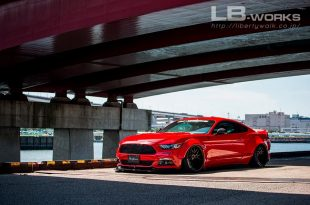 Liberty Walk Ford Mustang Widebody 2017 Tuning 7 310x205 Fertig   Das ist der Liberty Walk Ford Mustang Widebody