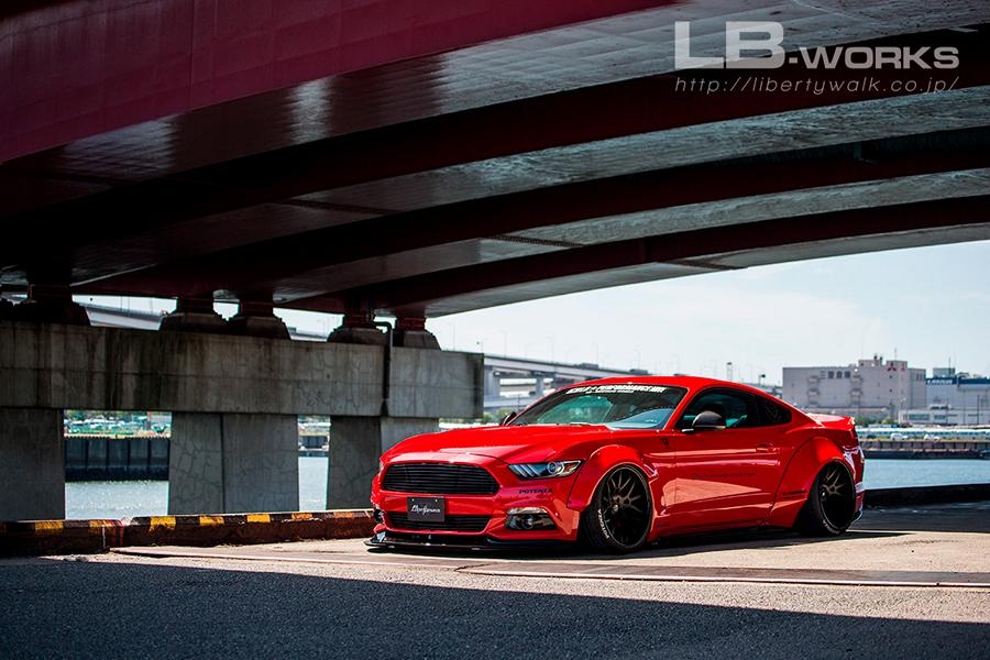 Liberty Walk Ford Mustang Widebody 2017 Tuning 7 Fertig   Das ist der Liberty Walk Ford Mustang Widebody