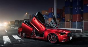 Slammed Dodge Charger Tuning Lambo Doors 9 310x165 Drag Monster   Dodge Charger Hellcat auf WELD Wheels