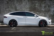 Pearl White Tesla Model X MX5 Tuning 2 190x127 Pearl White lackiertes Tesla Model X auf 22 Zoll MX5 Felgen