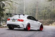 Widebody BMW E92 M3 OEM Style Nissan GT R Tuning 10 190x127 Widebody BMW E92 M3 trifft auf OEM Style Nissan GT R
