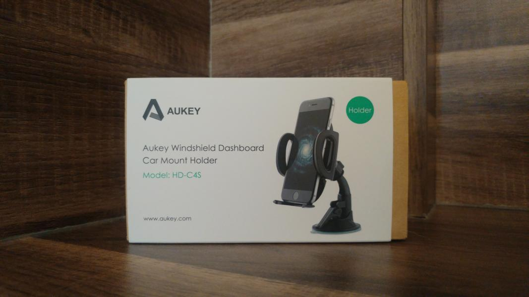 AUKEY car accessories 2 Which mobile phone holder is the best for the vehicle?