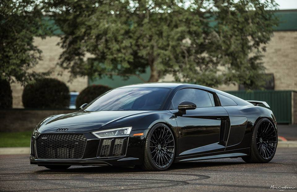 mega 2017 audi r8 v10 on brixton hs1 duo series alus. Black Bedroom Furniture Sets. Home Design Ideas