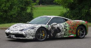 Batman vs. Joker Design Ferrari 458 Speciale Tuning 2 310x165 Mega   Lightning McQueen Folierung am Dodge Challenger