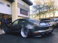 Ford Mustang GT Liberty Walk Widebody Airride Tuning 3 190x143 Noch einer Ford Mustang GT mit Liberty Walk Widebody Kit