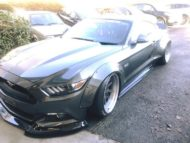 Ford Mustang GT Liberty Walk Widebody Airride Tuning 5 190x143 Noch einer Ford Mustang GT mit Liberty Walk Widebody Kit