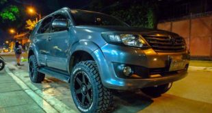 20 Zoll LiftKit Toyota Fortuner Tuning 1 310x165 Blaues Monster   Widebody Jeep Wrangler by Autobot