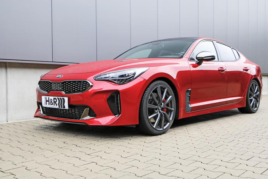 not only beautiful kia stinger gt with sharper sting. Black Bedroom Furniture Sets. Home Design Ideas