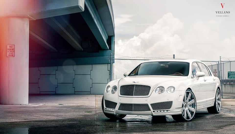 24 Zoll Vellano VKB Felgen Bentley Flying Spur Tuning 1 Mächtig   24 Zoll Vellano VKB Felgen am Bentley Flying Spur