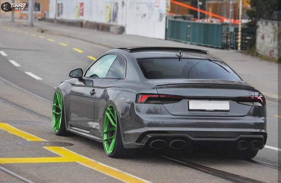 Audi RS5 B9 Tuning Audi RS5 B9 Coupe   extrem tief und auf Rotiform QLB's