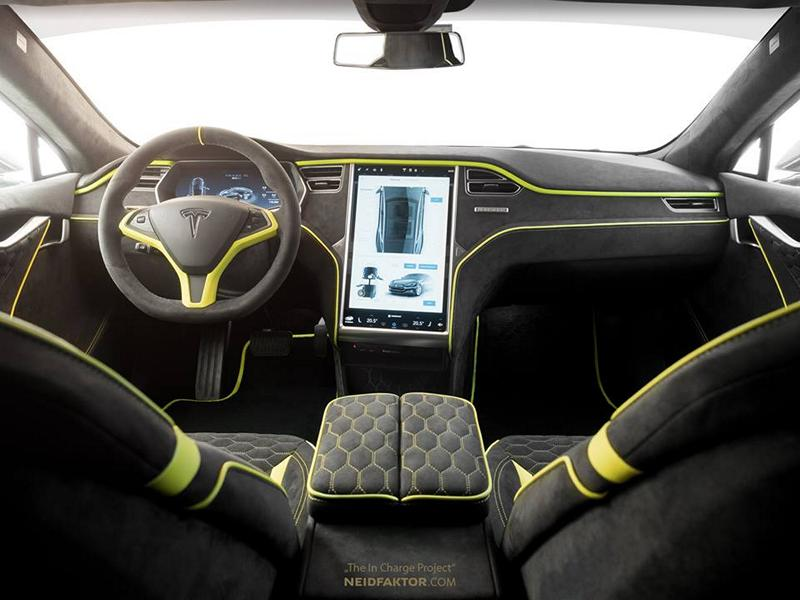 In detail - Tesla Model S with noble envy factor interior