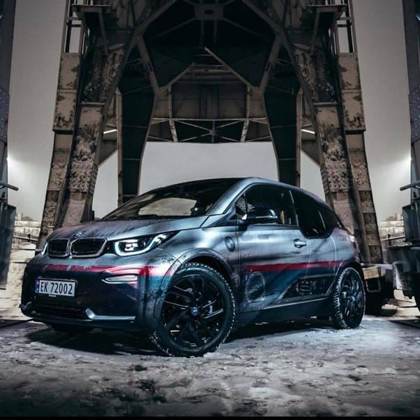Weathered Electric Apocalypse Look Skepple BMW I3 Folierung 2 Weathered Electric Apocalypse Look am Skepple BMW I3
