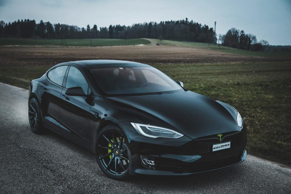 Tesla Model S Vossen Wheels cartech.ch Tuning 1 Akzente   Tesla Model S auf Vossen Wheels by cartech.ch