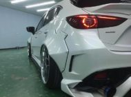 Mazda 3 Widebody Kit JGTC Airride Tuning 4 190x141 Mächtiger Style   Mazda 3 mit Widebody Kit von JGTC