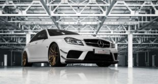 Widebody Mercedes C63 AMG Barracuda Shoxx W204 2 310x165 17 Zoll Barracuda Karizzma Felgen am Lotus Seven Replika