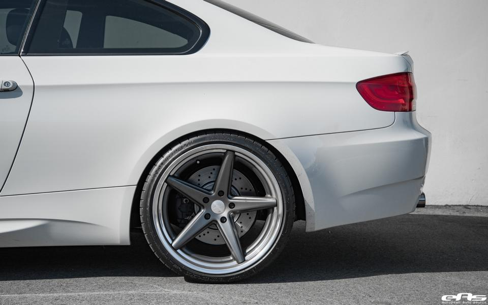 BMW M3 E92 Coupe Vossen Wheels VWS 3 Tuning 7 BMW E92 M3 in alpinweiß auf Vossen Wheels by EAS