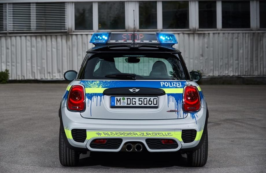 MINI John Cooper Works F56 RETTmobil 2018 Tuning Polizei 3 RETTmobil 2018   Polizei Design am MINI John Cooper Works F56