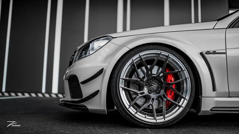 Mercedes C63 AMG BS W204 Z Performance Tuning 2 Mercedes C63 AMG Black Series Style auf Z Performance Felgen