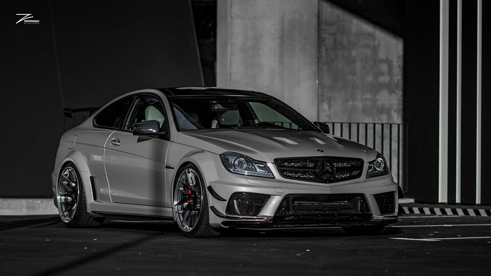 Mercedes C63 AMG BS W204 Z Performance Tuning 3 Mercedes C63 AMG Black Series Style auf Z Performance Felgen