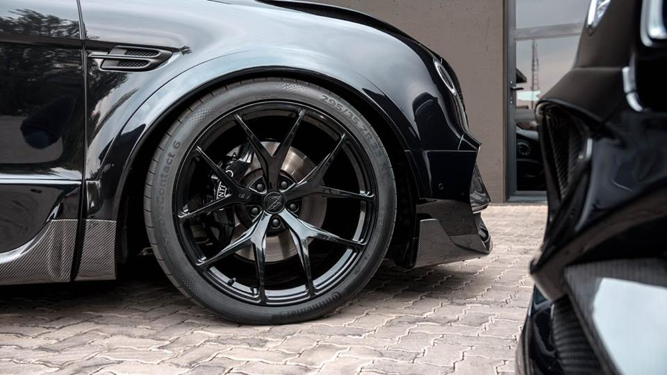 ONYX Carbon Widebody Kit Bentley Bentayga Tuning 27 Perfekt   2 x ONYX Bentley Bentayga by RACE! South Africa