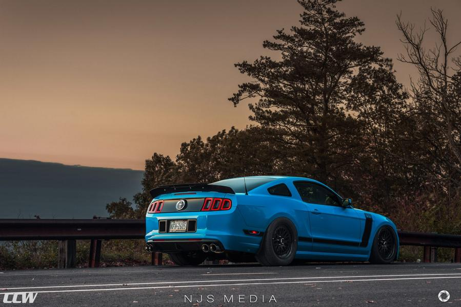 Shelby Ford Mustang GT500 CCW Felgen Tuning 10 Fotostory: Shelby Ford Mustang GT500 auf CCW Felgen