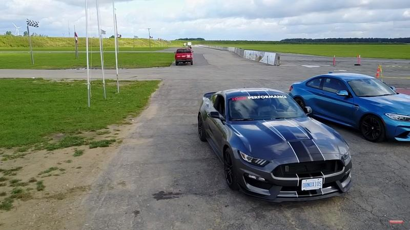 Ford Mustang Shelby GT350 vs. BMW M2 Video: Auf dem Track   Ford Mustang Shelby GT350 vs. BMW M2
