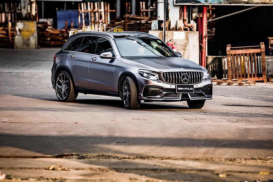 Mercedes X253 Wald International Black Bison Bodykit Tuning 27 Mercedes GLC mit Wald International Black Bison Bodykit