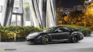 Vossen HC 3 Porsche 991 911 Tuning Turbo 5 190x107 The Dark Knight Returns   Porsche 911 jetzt auf Vossen Wheels