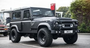 2018 Defender Flying Huntsman Tuning V8 1 310x165 Kahn Design Land Rover Defender in Burgunder/Schwarz