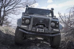 ares design Land rover defender tuning 5 310x205 Carbon & V8   ARES Design Land Rover Defender Umbau