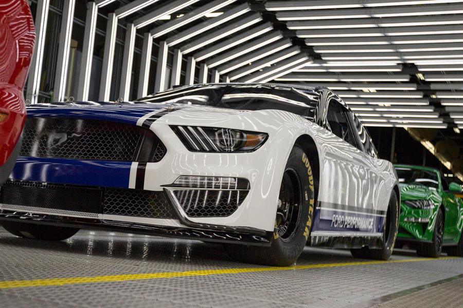 Ford Mustang NASCAR Cup-Saison 2019 (7)