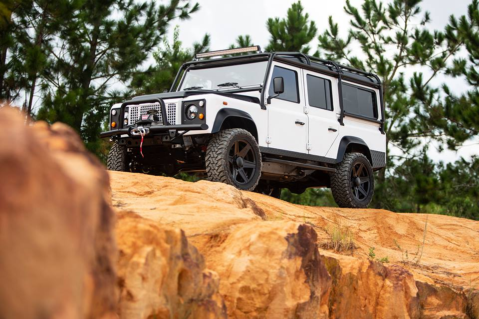 E.C.D. Project Savage Land Rover Defender Tuning LS3 V8 10 Nummer 150   E.C.D. Project Savage Land Rover Defender