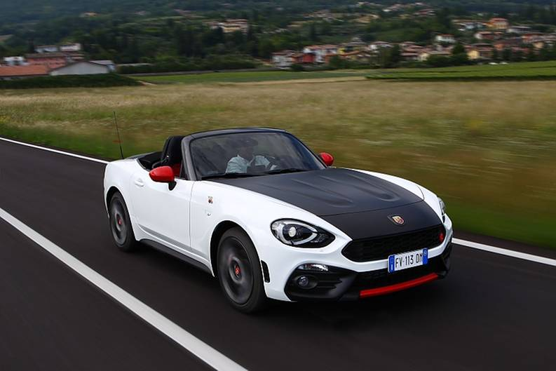 neu fiat abarth 124 spider nun auch als krawallversion. Black Bedroom Furniture Sets. Home Design Ideas