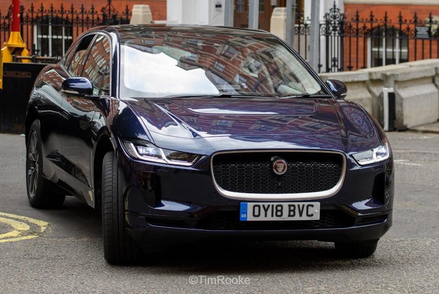 Jaguar I Pace Myscaesium blau Tuningblog 4 Vorbildlich: Thronfolger Prinz Charles fährt Jaguar I Pace
