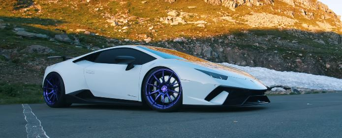 Video Compressor Lamborghini Huracan On Adv 1 Wheels